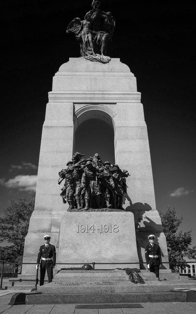 _Fujifilm-x100s---War-Memorial-Ottawa--00074-copy-2